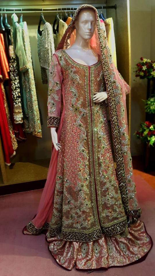 latest pakistani suits